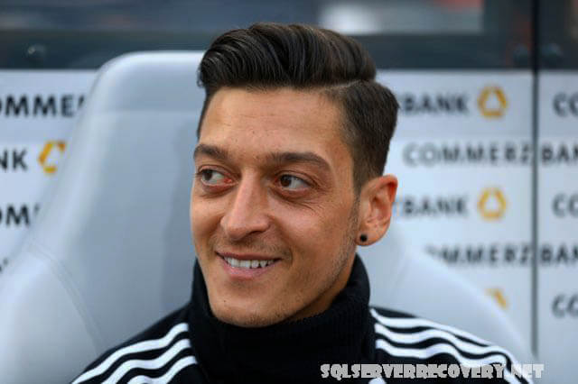 เมซุตโอซิล วางแผนที่จะออกจากอาร์เซนอล Mesut Ozil เปิดเผยว่าเขามีแผนที่จะเล่นฟุตบอลในตุรกีหรือสหรัฐอเมริกาเมื่อเขาออกจากอาร์เซนอลในที่สุด