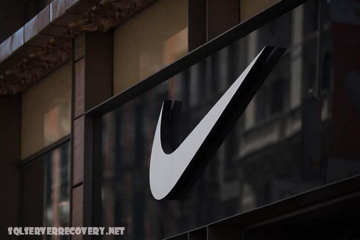 Nike ปกป้องธุรกิจของบริษัทในจีน เจ้านายของ Nike ได้ปกป้องธุรกิจของบริษัทในประเทศจีนอย่างแข็งแกร่งหลังจากเผชิญกับการคว่ำบาตร